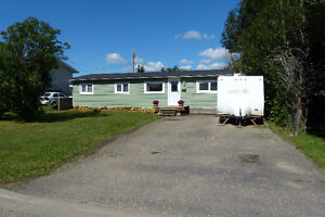 Priced to Sell! 3 Bedroom 1 level House In Dawson Creek!