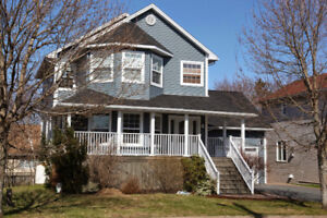 Gorgeous Fully Furnished 4 bedroom house in Halifax for rent