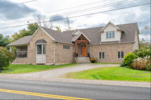 Welcome to Stunning 635 Millgrove Side Road, Waterdown!