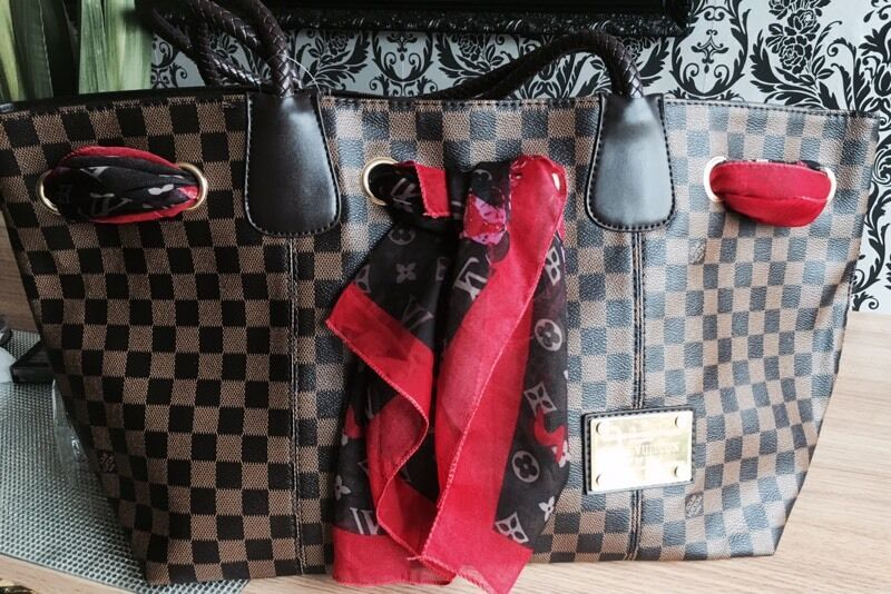 Louis Vuitton Neverfull With Rope Handle And Scarf