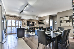 Comletely Upgraded 2 Bedroom Condo In Mississauga!