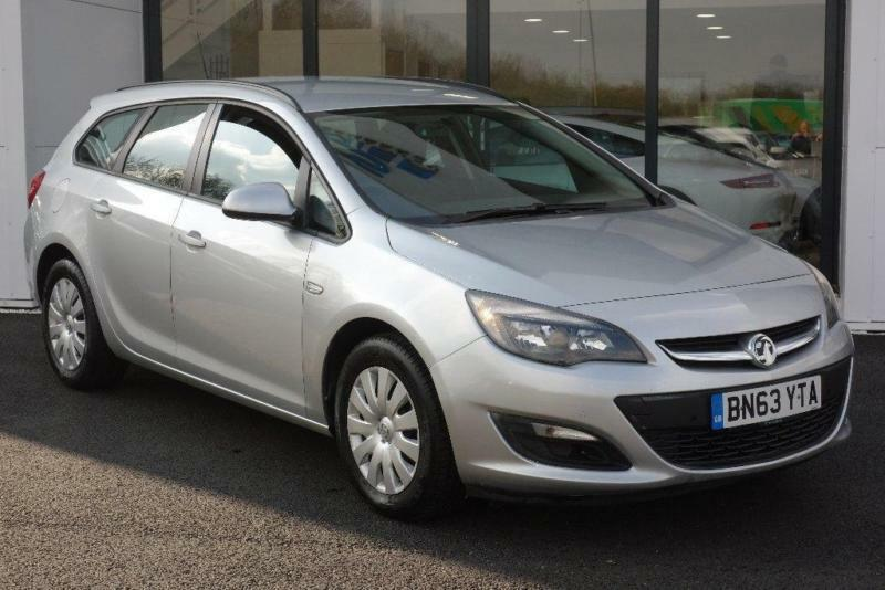 2013 vauxhall astra 1 3 cdti ecoflex 16v exclusiv 5dr start stop in derby derbyshire gumtree. Black Bedroom Furniture Sets. Home Design Ideas