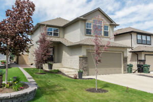 *RARE* 5-bedroom executive home  in Sherwood Park!