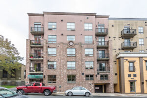 824 sf Commercial Condo Available for Sale