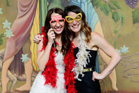PROFESSIONAL PHOTOBOOTH SERVICE <UNLIMITED PRINTS>