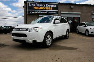 2014 Mitsubishi Outlander ES AWC LOW PAYMENTS BELOW WHOLESALE