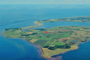 OCEANSIDE 3 ACRES with 270-DEGREE WATERVIEWS in Malpeque