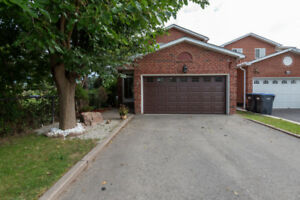 Approx. 2500 Sq.Ft., 4 Bdr 3 Bath Detached Home