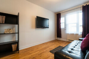COZY FULLY FURNISHED APARTMENT ALL INCLUDED AVAILABLE NOW!!!