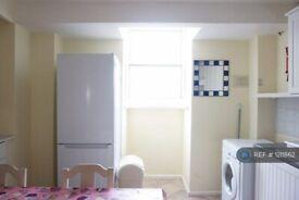 1 bedroom in King Street, Southsea, PO5 (#1211862)
