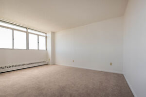 Bright and Clean Single Bedroom Unit coming available Dec 1st Belleville Belleville Area image 4