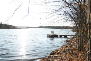 WATERFRONT BUILDING LOT FOR SALE ALEXANDRIA