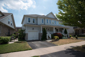 Niagara on the lake----3 bedrm House for rent