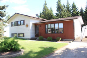3 Level Split Home For Sale in Russell, MB!