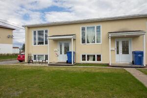 Condo 2 chambres chicoutimi-nord. Bas frais de co-propriété. sta Saguenay Saguenay-Lac-Saint-Jean image 1