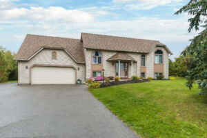4 Maryleah Crt Bowmanville/Clarginton For Sale