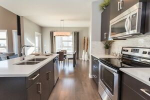 NEW 2032 sq ft 4 BEDROOM BEAUTY WITH DBL ATTACHED--- 487K!!!!! Edmonton Edmonton Area image 4