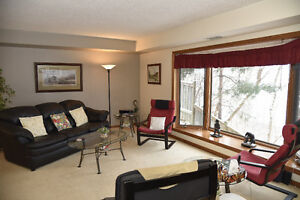 Spacious East Galt-Cambridge Main Floor Condo Unit.