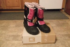 Sorel Boots Girls Size 6 - New with Tags