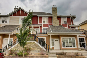 GORGEOUS, UPSCALE TOWNHOME - West Springs, Calgary!!