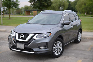 2017 Nissan Rogue SV (LEASE TAKEOVER) + CASH INCENTIVE