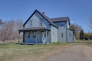 Beautiful Home Located between Fredericton & Oromocto