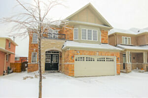 Central Mtn.  Detached home!!!  3 bdrms/2.5 baths, double garage