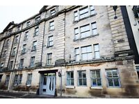 2 bedroom flat in Water Street, The Shore, Edinburgh, EH6 6SZ