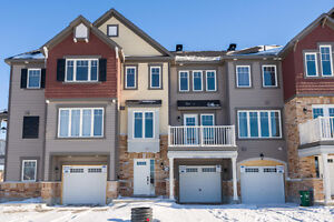 Wonderful 2 bedroom townhome in Stittsville- April 1st