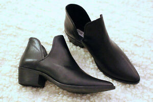 FOR SALE: Steve Madden, Austin Ankle Booties, Size 8.5
