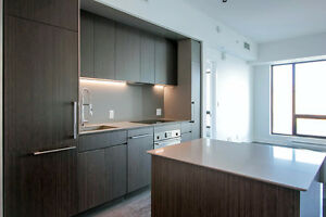 Tour des Canadiens brand new 3.5 condo in downtown!