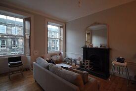 2 bedroom flat in Cumberland Street , Stockbridge, Edinburgh, EH3 6RE