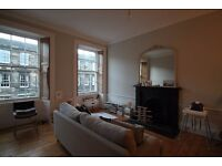 2 bedroom flat in Cumberland Street , Stockbridge, Edinburgh, EH3 6RE
