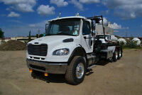 2015 Freightliner with 60,000 lb Universal Handling Roll-Off