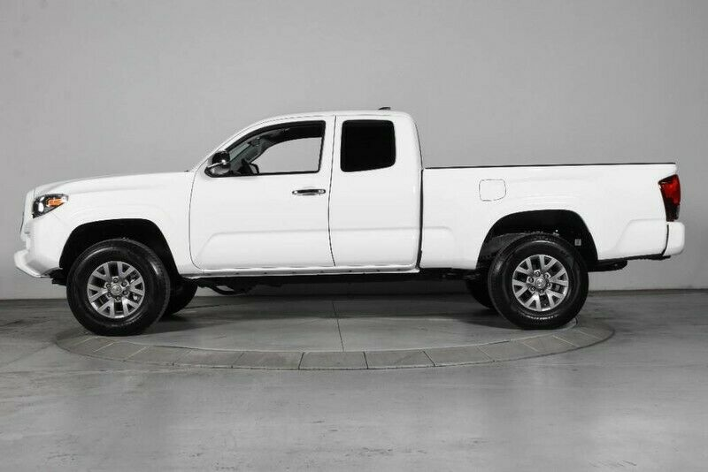 Image 2 Voiture American used Toyota Tacoma 2019