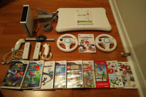 Nintendo Wii + 11 Jeux/Games (incl Wii Fit & Wii Kart)
