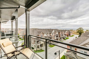 Lake view condo on Grimsby beach area for rent