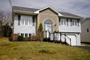 Beautiful Split-Entry home in Cole Harbour!