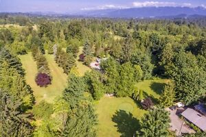 """9 Hole Golf course for Sale- Maple Ridge  """"Hackers Haven """""""