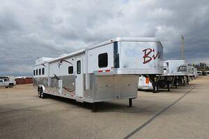 2013 Bison 8417TM 4 Horse