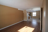 ** Spacious and Renovated ** 2-Bedroom Townhouse in Alvinston **