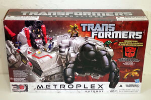 Transformers for Sale - Metroplex, Kabaya, others