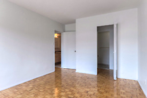 Very spacious 4 1/2 appt for rent at St Laurent