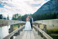 Professional Wedding Photographer. Experienced and Reliable.