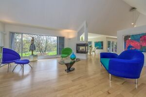 Spectacular Modern Architecture in Exclusive Enclave! London Ontario image 8