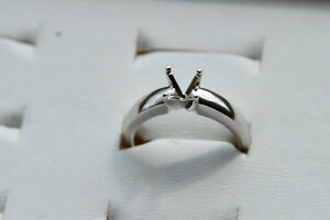 14Kt White GOLD solitaire mount  clearance price $270 size 6