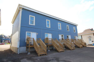 5-UNIT SIDE BY SIDE - COMPLETELY RENOAVTED - MUST SEE