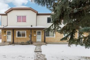 Beautiful Fully Developed 3-Bedroom Townhouse In Millwoods!