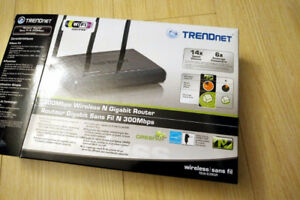 TRENDnet 300Mbps Wireless N Gigabit Router [GREAT CONDITION]