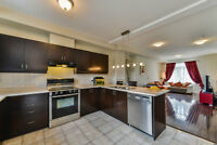 Beautiful Townhouse In The Heart Of Mississauga